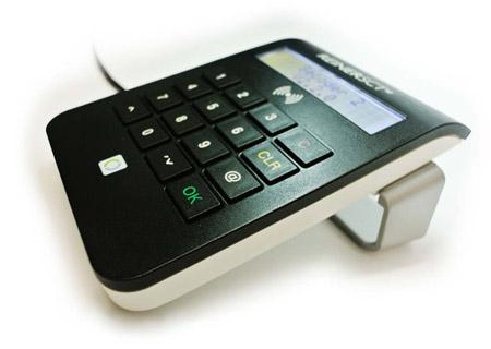 Kartenlesegerät cyberJack RFID komfort von REINER SCT (Ansicht von der Seite)